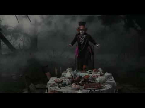 Alice au pays des Merveilles - Bande annonce VF