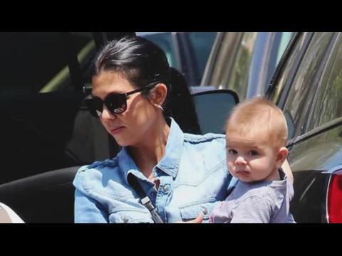 Kourtney Kardashian chercherait à obtenir la garde exclusive de ses enfants