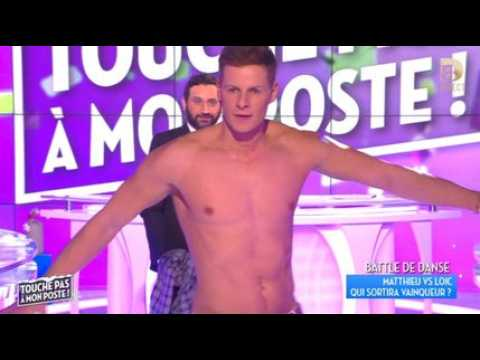 Le strip-tease de Matthieu Delormeau - ZAPPING PEOPLE DU 09/12/2015