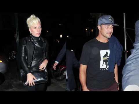 Lady Gaga retrouve Taylor Kinney pour un dîner romantique