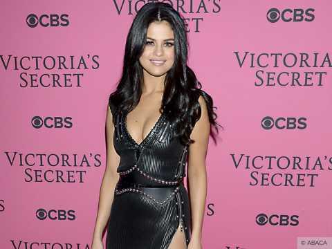 Exclu vidéo : Victoria's Secret : Selena Gomez et Ellie Goulding font sensation sur le pink carpet !