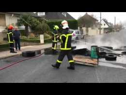 2ea9ec9f6fdc Un incendie en marge des mouvements Gilets jaunes à  Saint-Martin-lez-Tatinghem