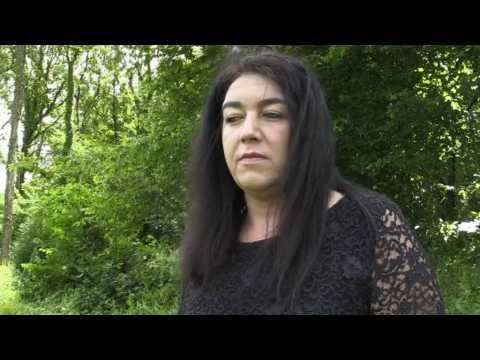 Cette ancienne militante FN est jugée pour avoir aidé un migrant à traverser la Manche