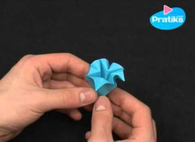 Connu Origami facile : faire des fleurs en papier | La Marmaille XJ05