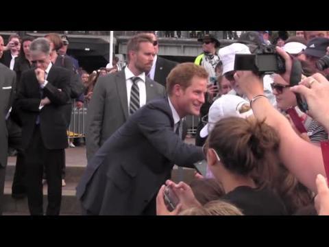 Le Prince Harry n'a pas invité sa petite-amie au baptême de son neveu