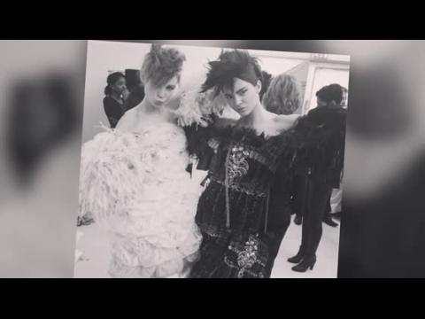 Kendall Jenner défile pour Chanel