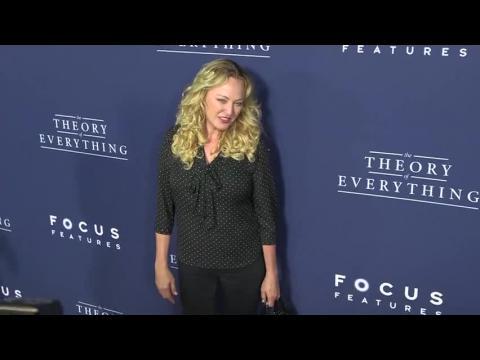 La physique à Hollywood avec Eddie Redmanye et Felicity Jones dans Une merveilleuse histoire du temps