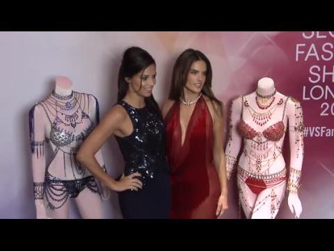 Alessandra Ambrosio et Adriana Lima ont des looks de plusieurs millions de dollars