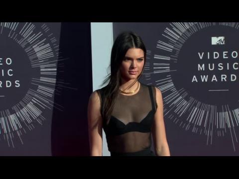 Kendall Jenner écrit un article pour le Wall Street Journal
