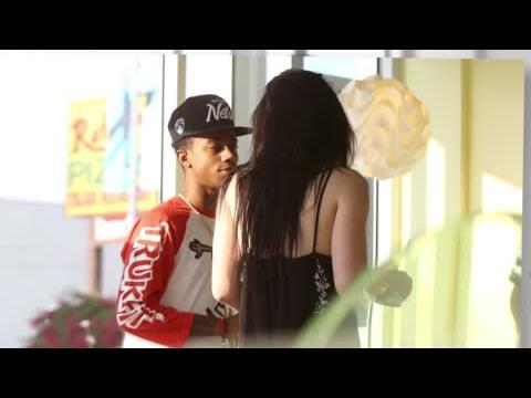 Kylie Jenner et Lil Twist mangent une glace