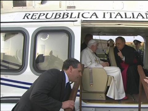 rencontre historique de deux papes