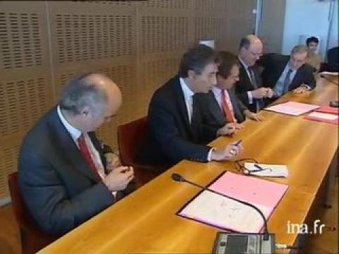 Signature accord cadre entre ministère de l'éducation et France 3