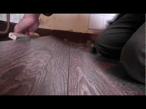 Cuisine am nagement 2 pose parquet flottant kitchen renovation 2 laying parquet flooring sur - Parquet flottant dans cuisine ...