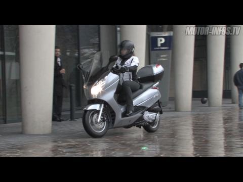 Video Honda Swing 125 ABS : le plus homogène des scooters GT 125 !