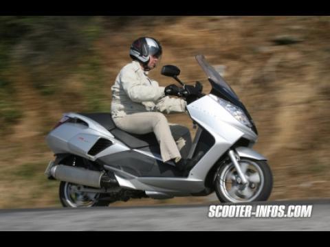 PEUGEOT Satelis 125 K, Satelis + Compresseur = le must du scooter 125 !