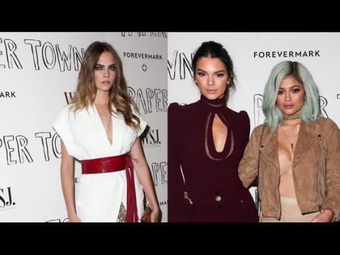 Cara Delevingne est accompagnée par Kendall et Kylie Jenner pour une projection de son film