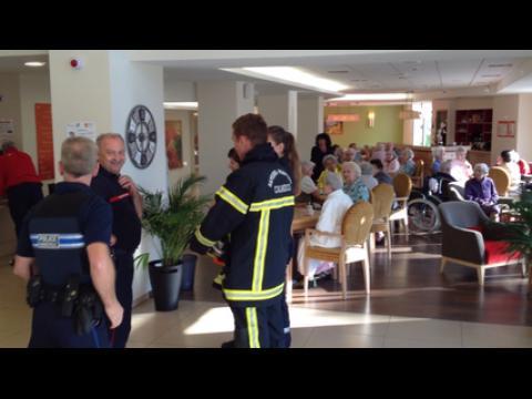 Incendie dans une maison de retraite sur orange vid os - Acheter une chambre dans une maison de retraite ...