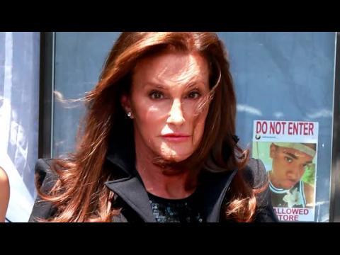 Caitlyn Jenner considère l'idée de fréquenter un homme
