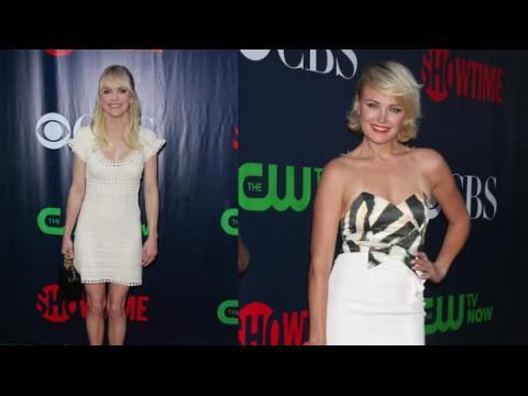 Emmy Rossum et Anna Faris sont étourdissantes au TCA de CW et Showtime