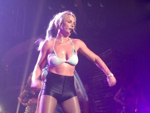Exclu Vidéo : Britney Spears : la diva fait bouger Las Vegas !