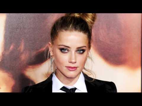 Amber Heard plaide non coupable aux accusations d'import illégal de chiens en Australie