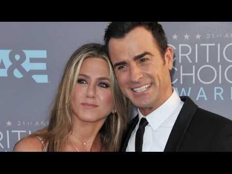 Jennifer Aniston parle de ses 8 mois de mariage avec Justin Theroux
