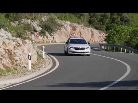 SKODA Superb Sportline Combi - Driving Video | AutoMotoTV