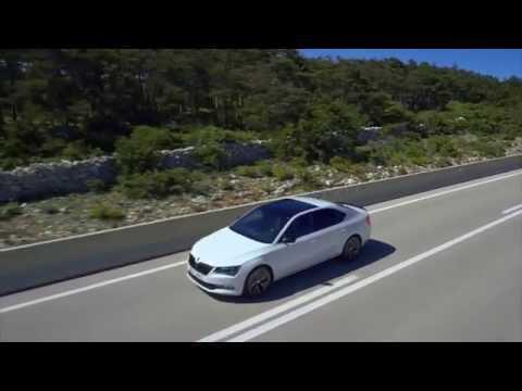 SKODA Superb Sportline - Driving Video   AutoMotoTV