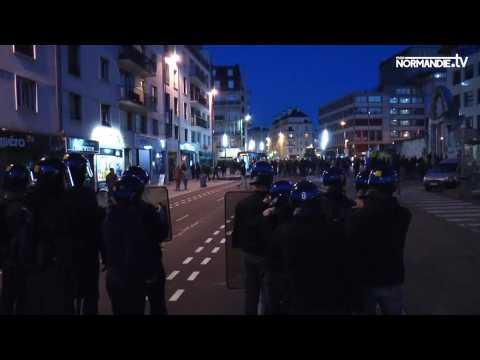 Première manifestation de contestation à Rouen