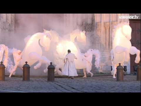 Des chevaux illuminent la soirée des Rouennais