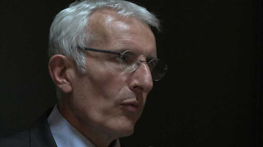 Le patron de la SNCF rend des comptes aux usagers normands