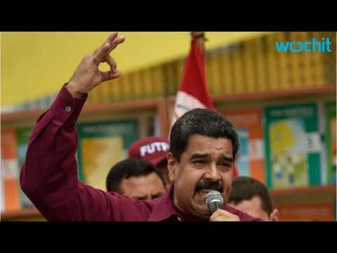 In Time of Crisis Venezuelan President Turns to Music