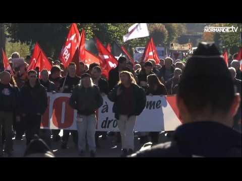 Manif pro-migrants à Serquigny et la récupération du FN