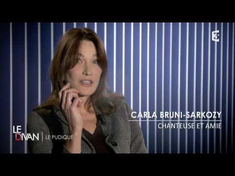 Carla Bruni-Sarkozy et sa cigarette électronique ! - ZAPPING TÉLÉ DU 18/01/2017