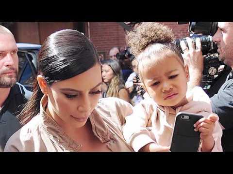 Kim Kardashian devrait accoucher à Noël