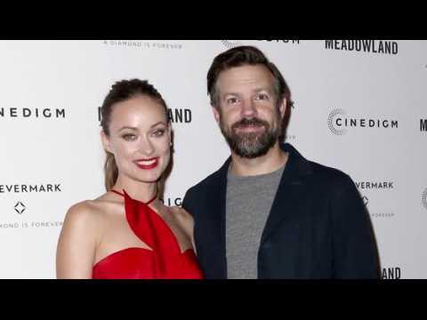 Olivia Wilde est accompagnée par son mari Jason Sudeikis à la première de Meadowland