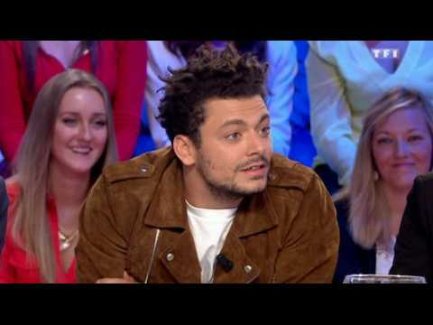 Kev Adams casse violemment Arthur - ZAPPING PEOPLE DU 12/10/2015