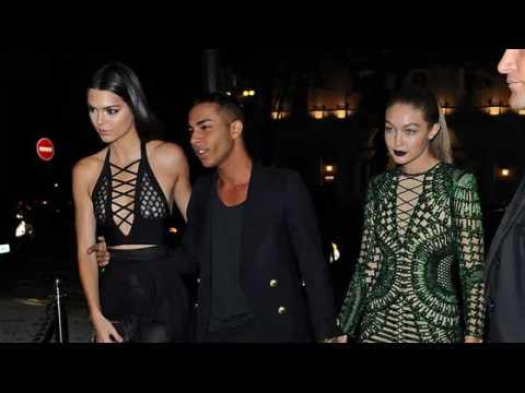 Kendall Jenner montre ses fesses à Paris
