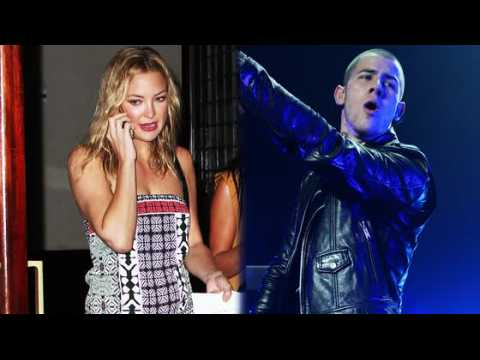 Nick Jonas refuse de parler de sa relation avec Kate Hudson