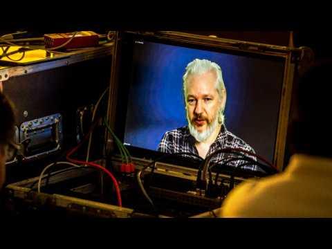 Assange appelle la Suède et le Royaume-Uni à suivre l'avis de l'ONU