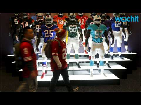 Technology Brings Fans Closer to Super Bowl 50