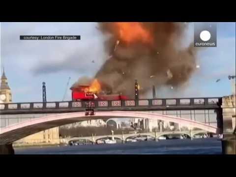 Filmed bus stunt causes mini-panic in London