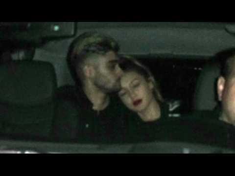 Gigi Hadid et Zayn Malik se montrent très proches après une soirée