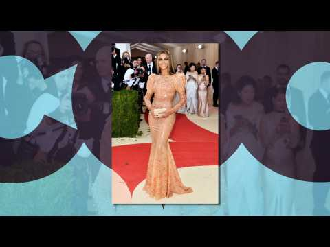 Beyonce walks Met Gala red carpet without husband Jay-Z
