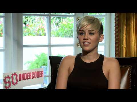 Miley Cyrus set to amaze with The Voice wardrobe