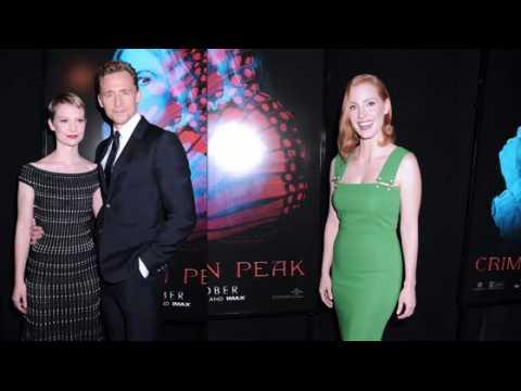 Mia Wasikowska et Jessica Chastain à la première de Crimson Peak