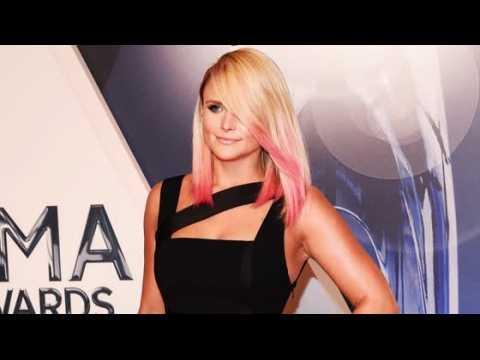 Miranda Lambert demande à ses fans de ne pas choisir de camp