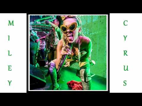 Miley Cyrus : Plus choquante, tu meurs !