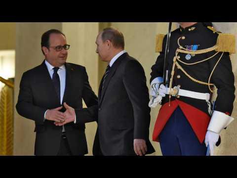Attaques à Paris : la France et la Russie sont-elles de nouvelles alliées ?