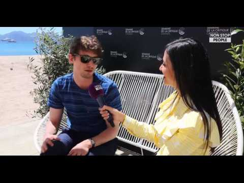 """Festival de Cannes : """"L'instant Cannois"""" avec Niels Schneider (exclu vidéo)"""